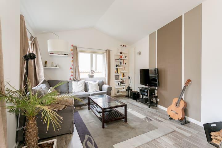 HOUSE NEAR PARIS 5 Bdr / MAISON 5Ch
