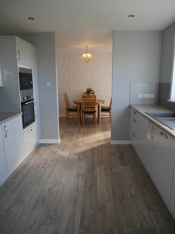 Exceptional 2 bed property in an ideal location