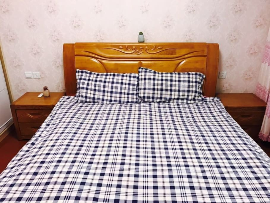 1.8m Double Bed ;IKEA Bedclothes; Brief Style