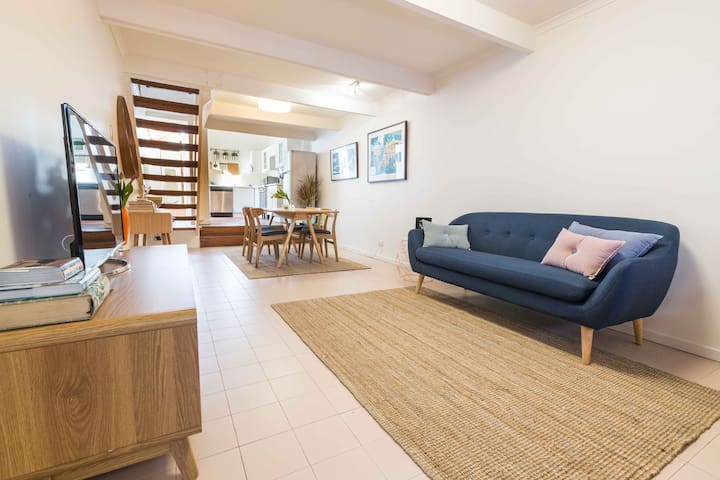 Charming inner city  worker's cottage - Pyrmont - Huis