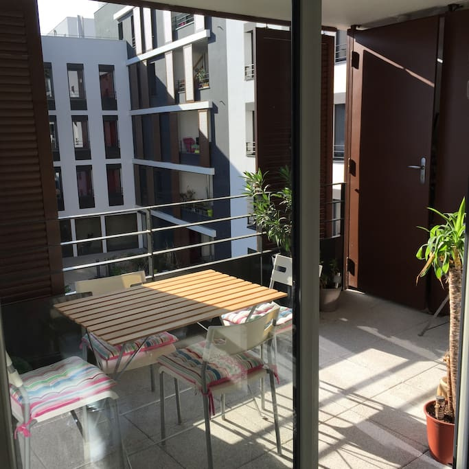 Appartement design proche m tro d apartments for rent in for Appartement design lyon