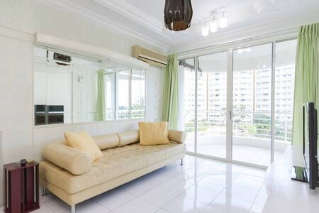 Pool & Sea View Singel Bedroom near Queensbay Mall - Bayan Lepas - Apartament