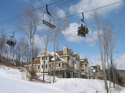 Sunday River Locke Mountain Ski In / Ski Out