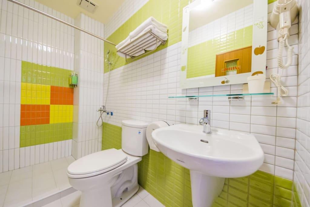 光兒/花兒4人房/衛浴設備