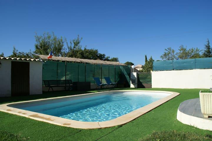 Villa moderna en Lambesc con piscina privada