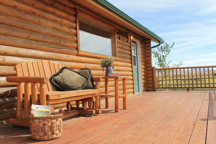 #1-Beautiful Montana guest cabin on a rural ranch