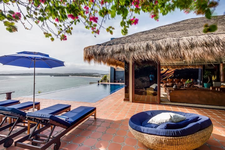 Relax on a Balinese estate- Boracay