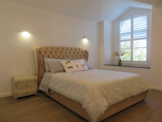 Spacious Queen size bedroom.