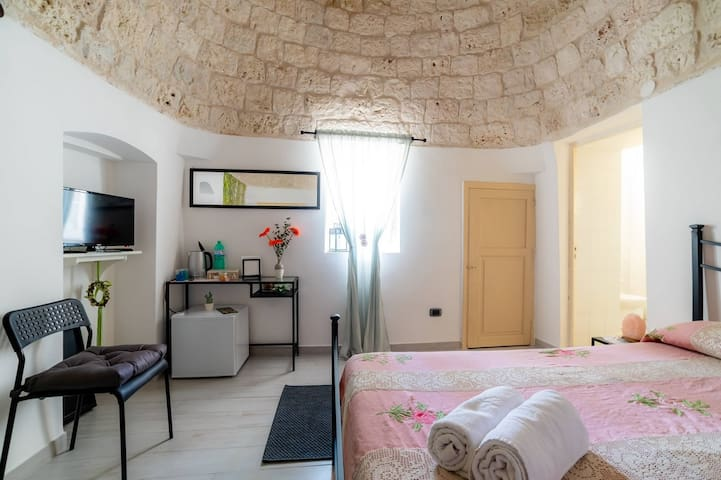 B&B La Maison-D - Suite Trullo,countryside of Monopoli,Wi-Fi,priv. parking
