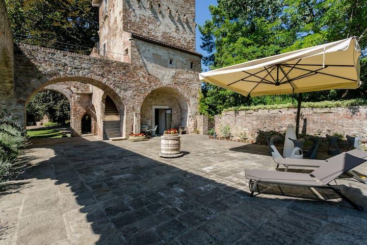 Medieval Tower Suite - Padova