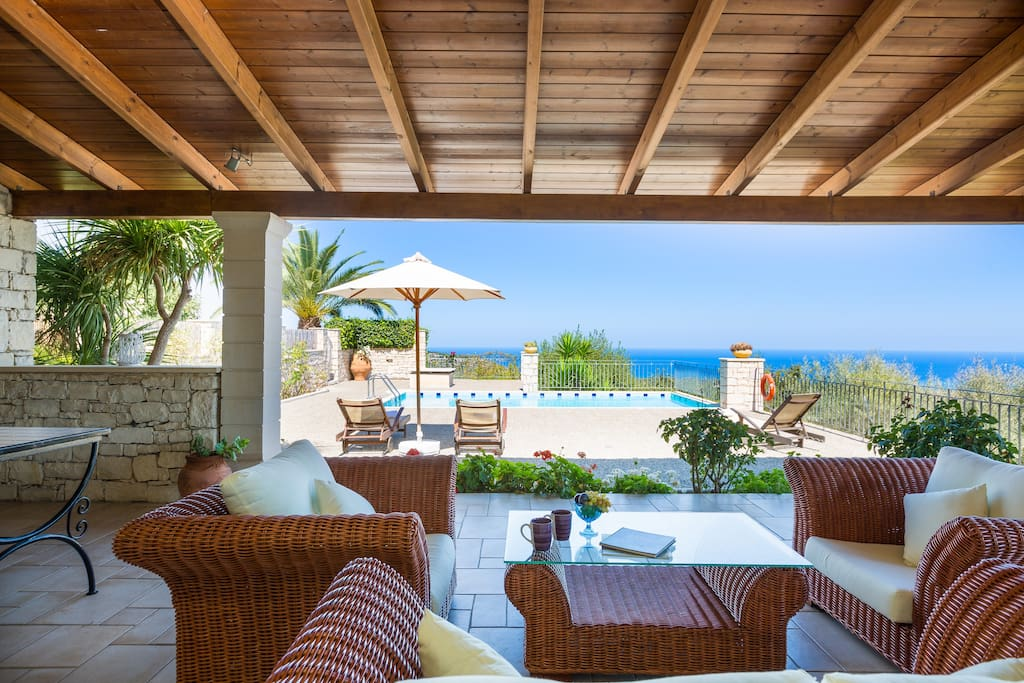 Villa Efrosini -Located in the nature offering totally calm & quiet environment
