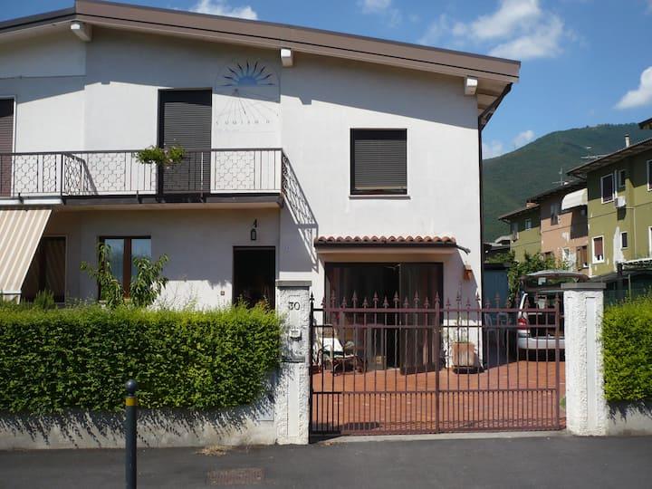 Casa bifamiliare in zona laghi e città Unesco WH