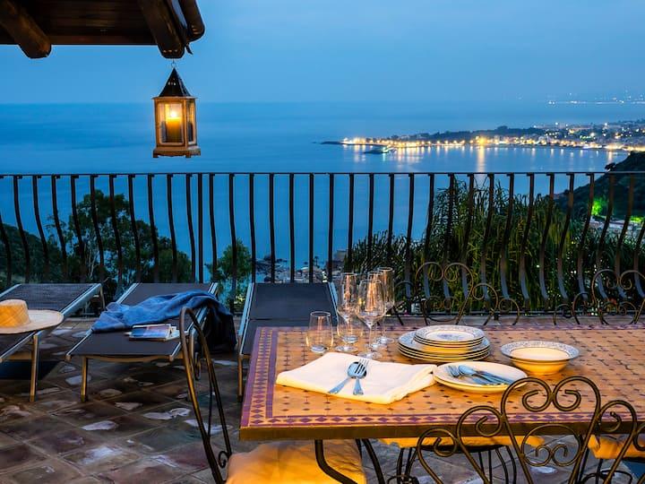 Luxury Residence Taormina Eolie 2 bedrooms SeaView