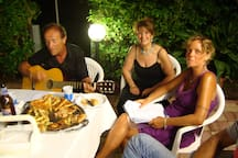 serata pizza fest  con chitarra
