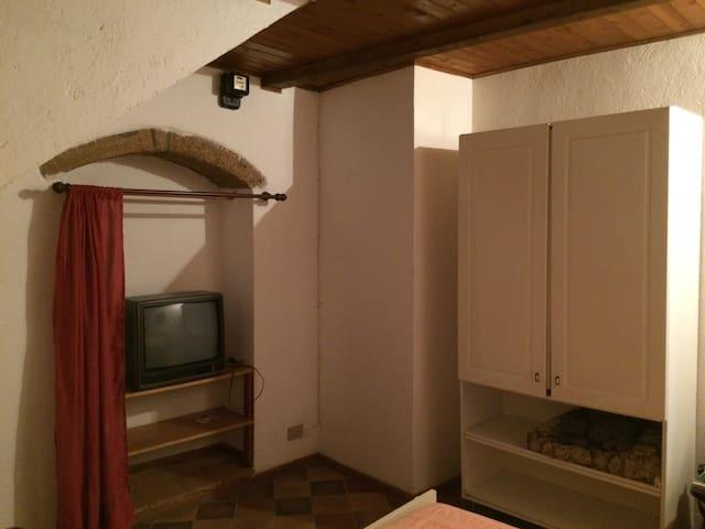 Delizioso appartamentino centro storico di Farnese