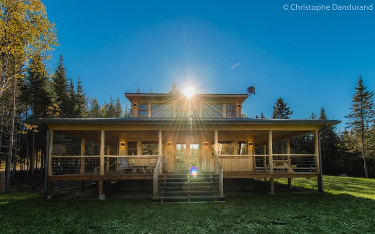 Le Chalet TAO 6 personnes - Chalets Spa Canada