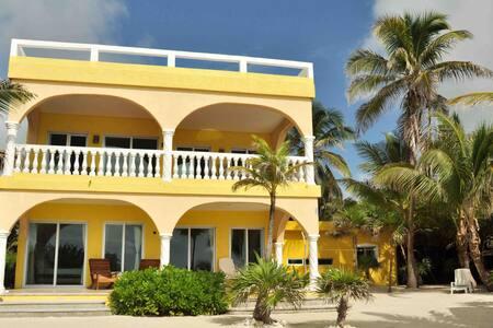 Casa del Sol - Beachfront North Unit