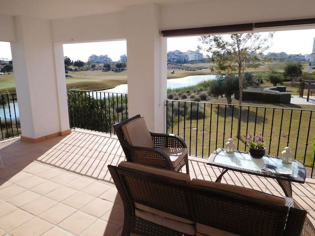 Hacienda Riquelme Superb Corner Apartment for 4/6