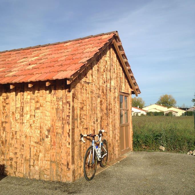 Cabane à vélo