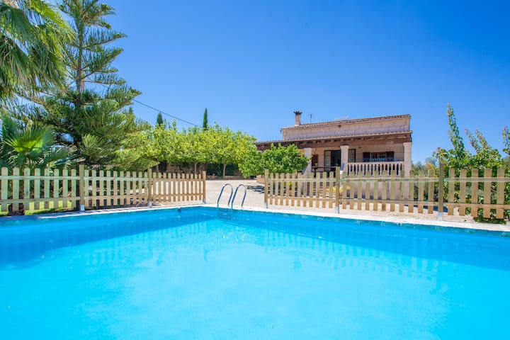 SON MIERES - Villa with private pool in Petra. Free WiFi