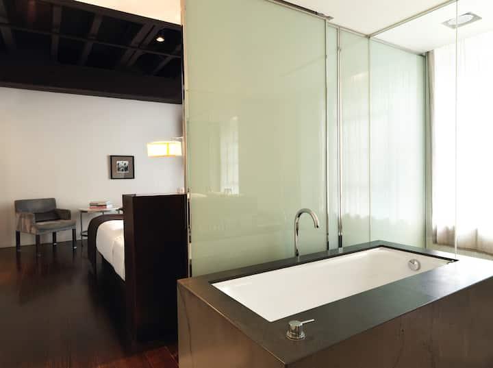 The Studio Room – 35sqm of intimate design