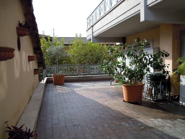 Appartamento 3 stanze in centro - Poggio Mirteto - Byt
