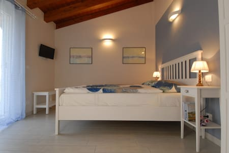 B&B TIBU' Double - Bed & Breakfast