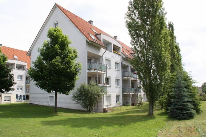 2 Zimmer mit Terrasse