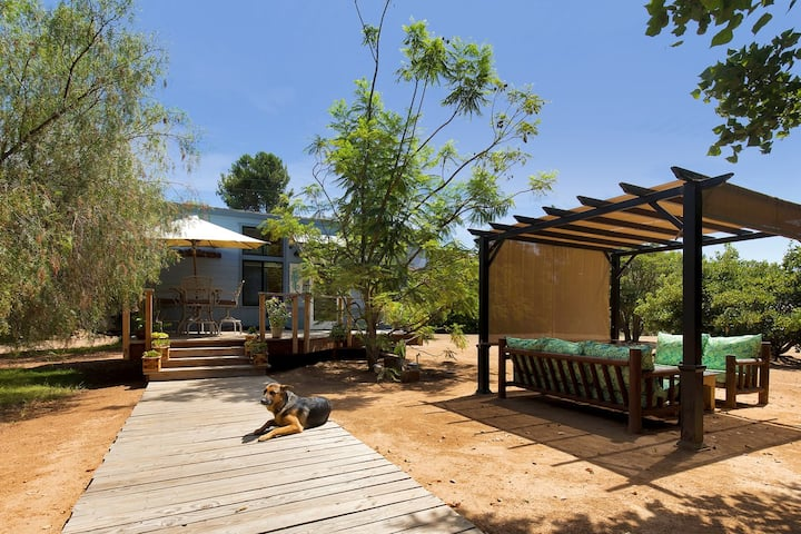 The Tiny Beach House - Coral Tree House