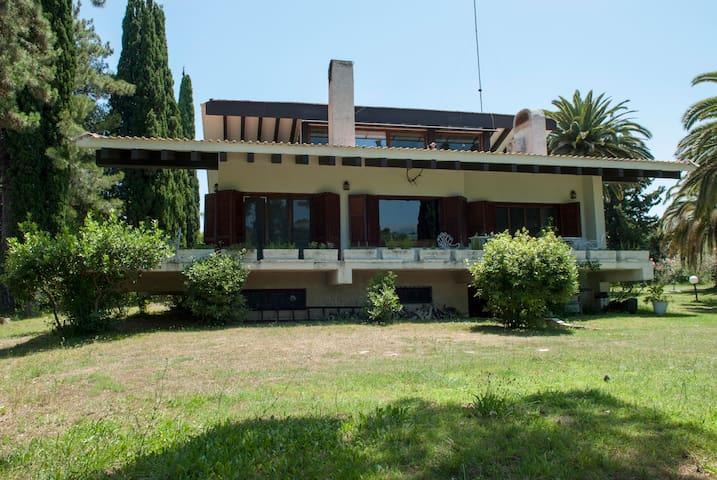 Platamon Castle - Villa Moskoff - Platamon - Rumah