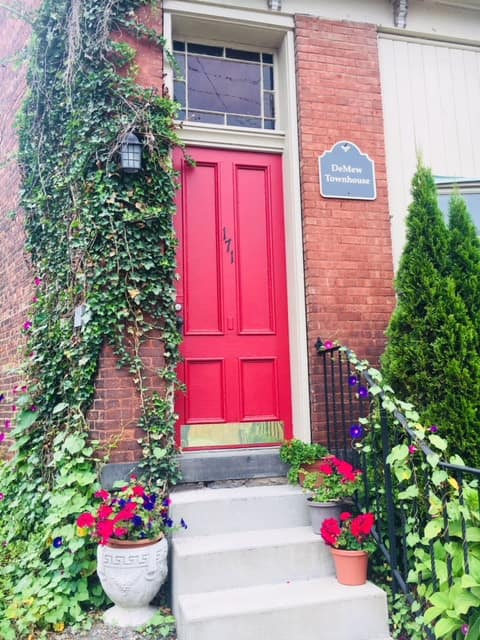 DeMew Townhouse in Historic Kingston