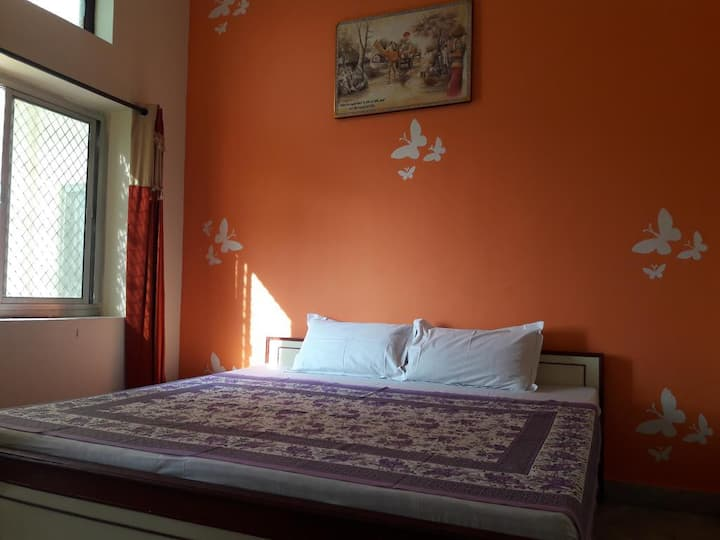 Best Stay in Keshav Palace  Pushkar