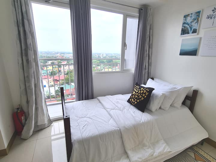 Affordable & Relaxing Unit @ SMDC South Residences