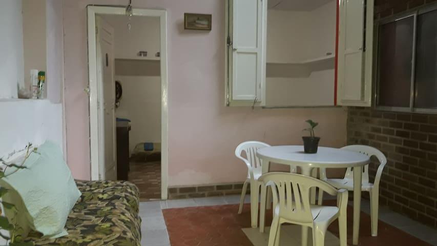 Quarto suite  acomoda até 4 -  na Gavea