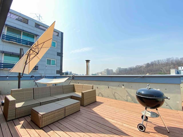 60%OFF Luxurious Rooftop 3Rooms & 0.5min Subway