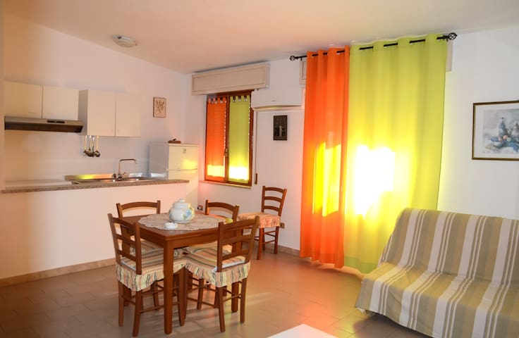Sardinia! Big and comfy flat close to the sea.WIFI