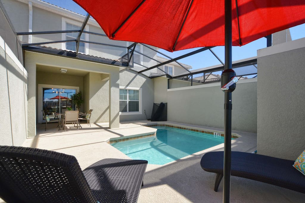 Private Splash Pool with Covered Lanai