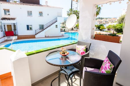 Apartment with Direct access to the pool in Nerja!