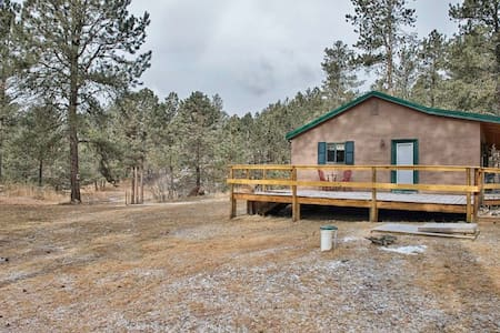 Private & Cozy 3BR Black Hills Home - Custer