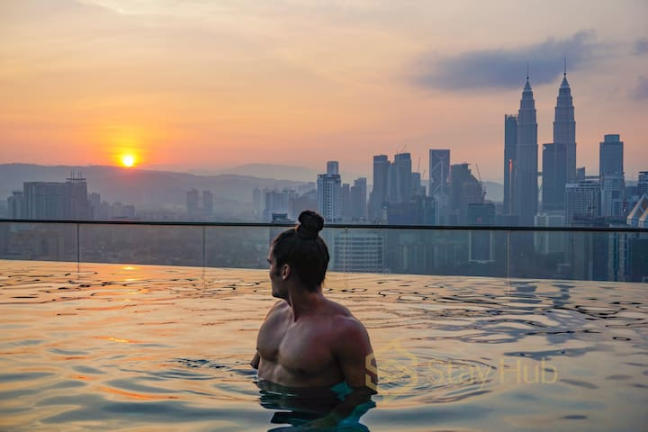 Stunning Sky Pool near KLCityCenter,KLCC/吉隆玻高楼无边泳池