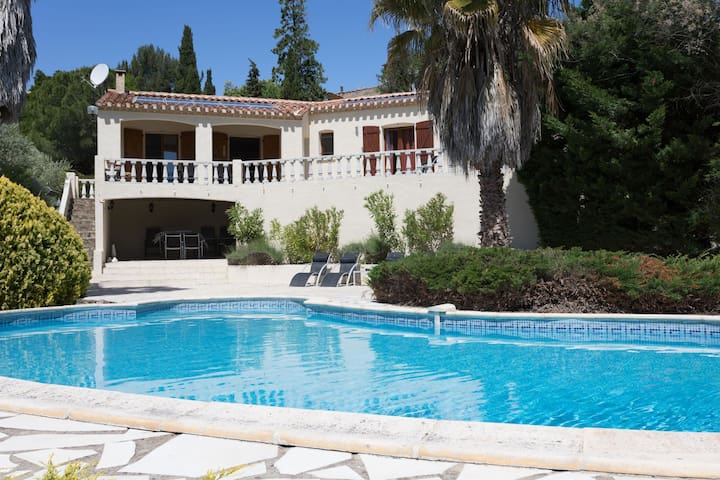 Luxury Villa in Beaufort with Private Swimming Pool