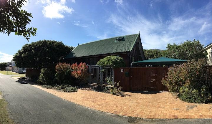 Onrus Peninsula Wooden Beach House