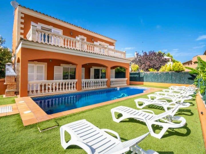 Villa Escribano con Piscina Privada