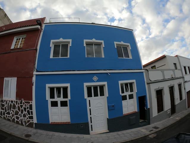 La Casita Azul - The Roof Cabin