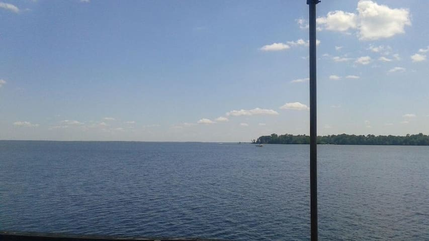 Lake Marion Retreat