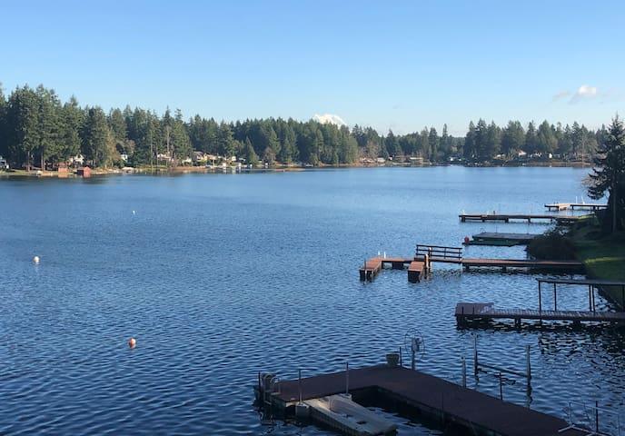 Unbelievable Million Dollar View Lakefront Cabin