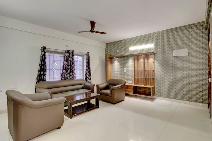 2BHK Fully Furnished Flat for Uptu 7 Pax @Hebbal