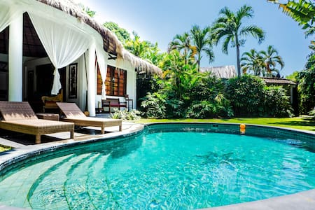 2BR villa in the center of Seminyak - Kuta