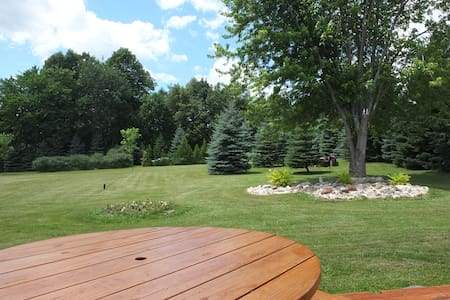 Golf Fans; Relax and enjoy the comfort of our home - Richfield