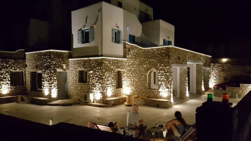 Mykonos Luxury View (4 to 6 persons)